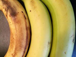plátano maduro, bueno y verde