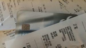 tarjeta debajo de recibos