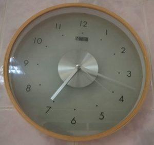 reloj chueco