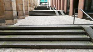 Escaleras pausadas