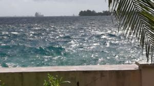 barco con olas