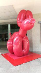 Escultura de perro de globo